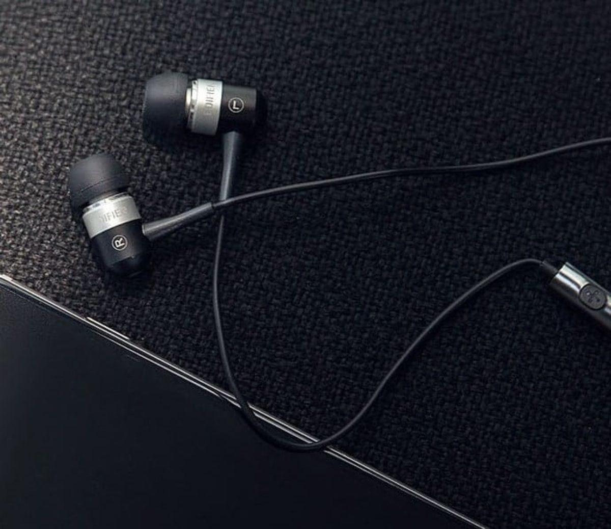 Best Gaming Earbuds 2020 Buying Guide Gamingscan