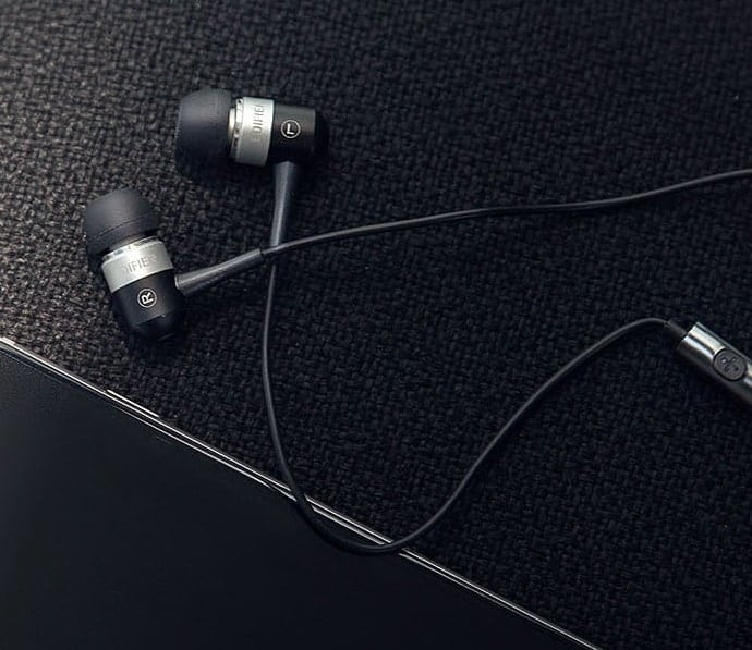 99840cd89dd Best Gaming Earbuds 2019  Updated TODAY  - Ultimate Buyer s Guide
