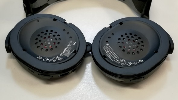 SteelSeries Arctis 7 Ear Cups